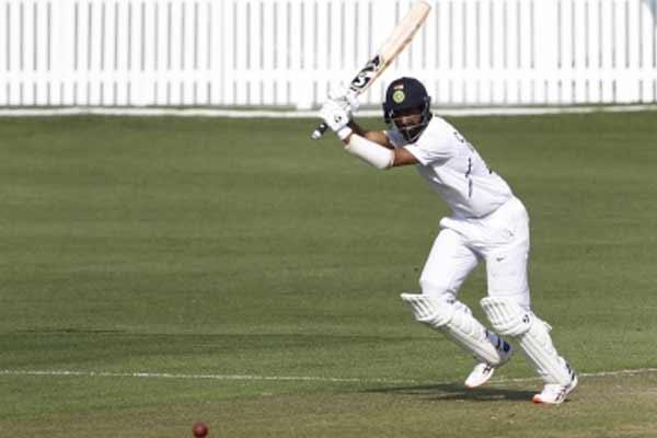 इंग्लैंड में बल्लेबाजों को ध्यान केंद्रित करने की जरूरत : पुजारा