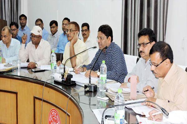 fir filed on food adulteration if found said badaun dm - Budaun News in Hindi