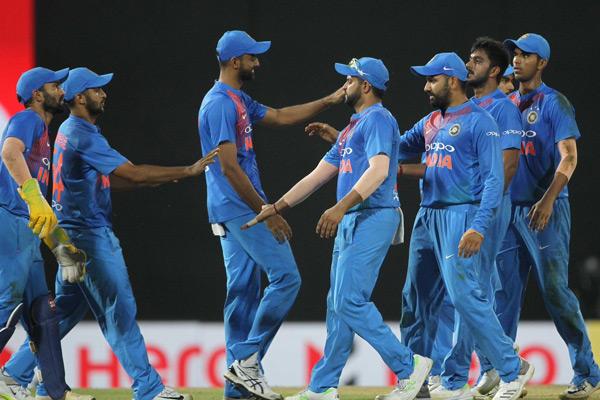 nidahas trophy 2018: Dhawan, Bowlers Star as India Register 6 wicket Win - Cricket News in Hindi