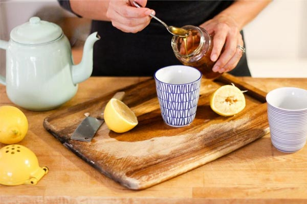 Honey and lemon good for Health - Home Remedies in Hindi