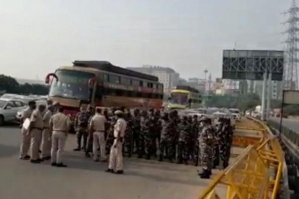 Bharat Bandh Traffic congestion at Delhi Gurugram border CISF huge police force deployed - Gurugram News in Hindi