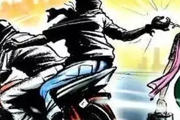 Bike riders in Jaipur broke chains - Jaipur News in Hindi