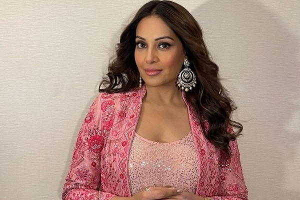 Bipasha: With my debut character, I had an opportunity to explore my range - Bollywood News in Hindi