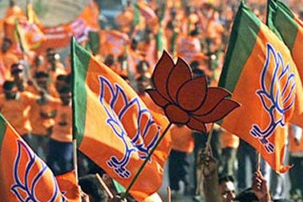 BJP prohibits big rallies, now PM Modi will also address only 500 people - India News in Hindi