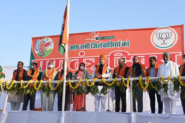 BJP state president Satish Poonia flagged off at Badi Chaupar and BJP state office - Jaipur News in Hindi