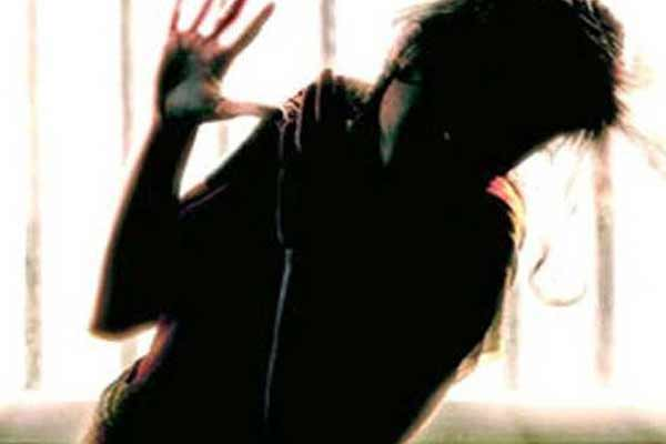 Blackmailing in Jaipur, acquainting the girl with the teenager for two years - Jaipur News in Hindi