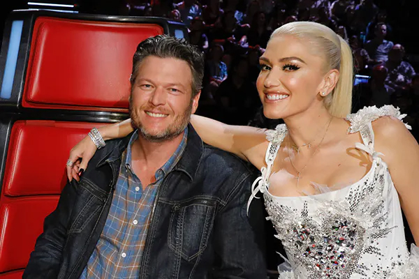 Blake Shelton says fans wonder how Gwen Stefani ended up with him - Hollywood News in Hindi