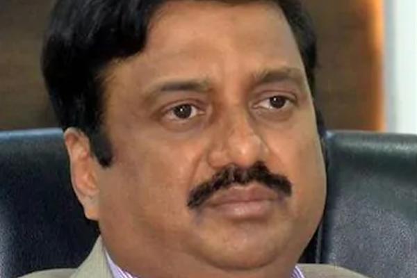 Senior Karnataka IAS officer commits suicide in Bengaluru - Bengaluru News in Hindi