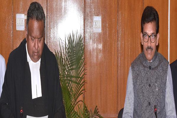 बी एन शर्मा राजस्थान विद्युत नियामक आयोग के अध्यक्ष की शपथ ली