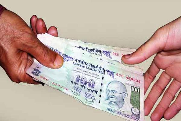 Vigilance has taken control of Patwari taking bribe of 13 thousand - Fazilka News in Hindi