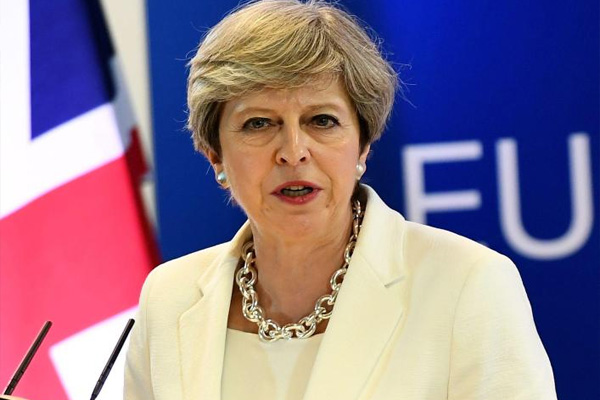 British PM completes cabinet reshuffle amid criticism - World News in Hindi