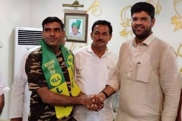Ex BSF jawan Tej Bahadur said this for JJP - Chandigarh News in Hindi