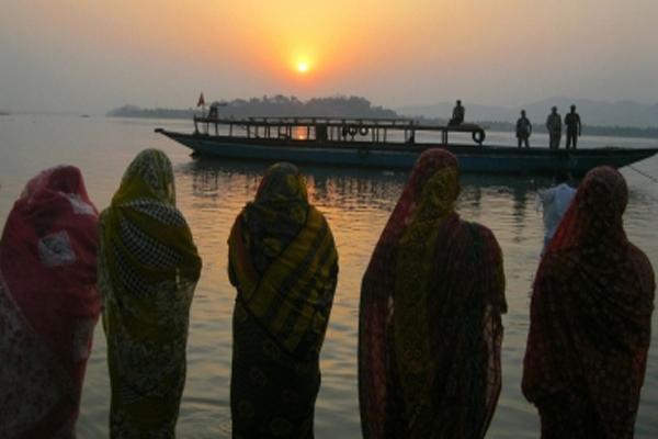 बिहार में नहाय-खाय के साथ लोक आस्था का महापर्व चैती छठ प्रारंभ