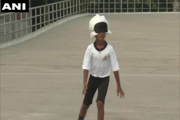 6 year old skating 16 km skirts with eyes, see here - Ludhiana News in Hindi