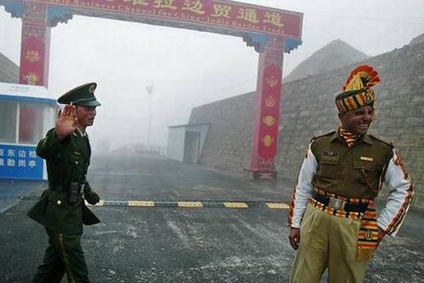 Chinese road building team enters Arunachal Pradesh, India seizes equipment - India News in Hindi