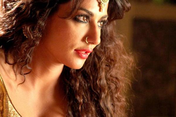 Lockdown diaries: Chitrangda Singh working on short film - Bollywood News in Hindi