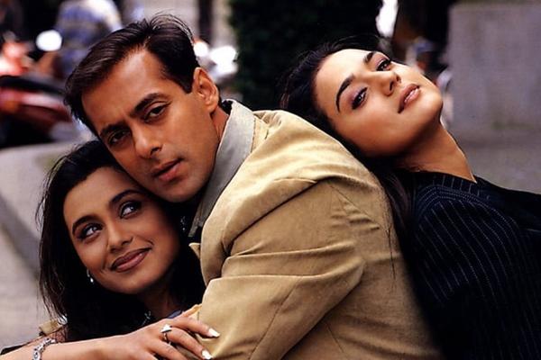 Preity Zinta nostalgic as Chori Chori Chupke Chupke turns 19 - Bollywood News in Hindi