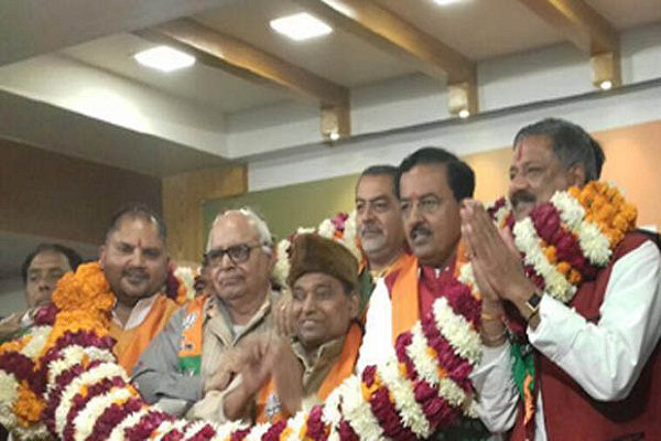 SP leader Lal Verma joined BJP - Agra News in Hindi