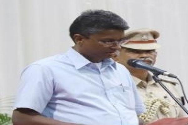 Karnataka Congress selected Satish Jarkiholi for Lok Sabha by-election - Bengaluru News in Hindi