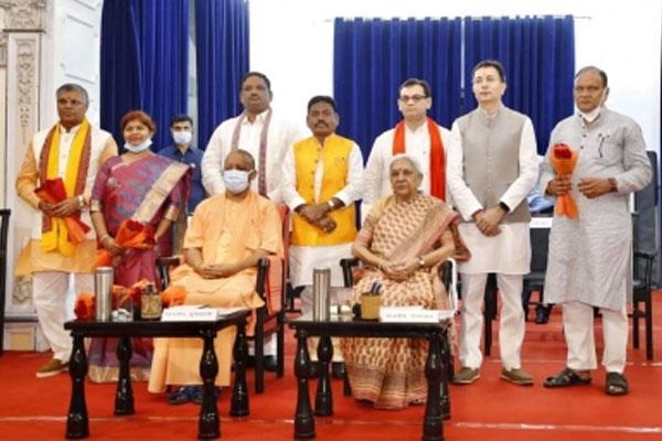 योगी सरकार के नवनियुक्त मंत्रियों का दावा : 2022 में फिर लौटेगी भाजपा सरकार