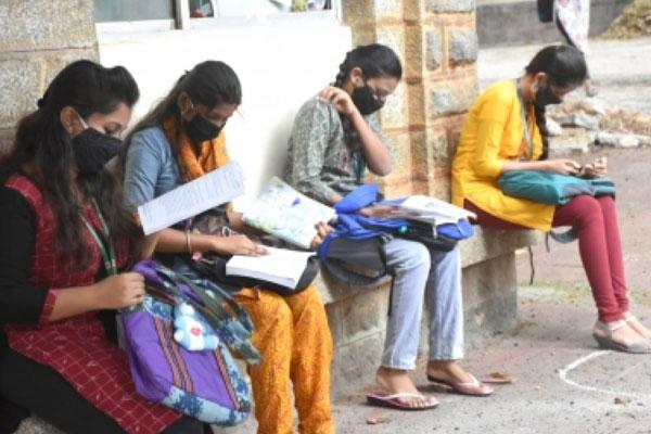 Class 10 exams on July 19, 22 across Karnataka: Govt - Mysore News in Hindi