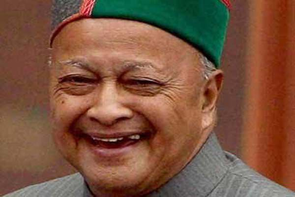 Elated to see the crowd at the rally, Gandhi, the seventh time on the completion of four years of government, Chief Minister Virbhadra Singh was giving signals - Kangra News in Hindi