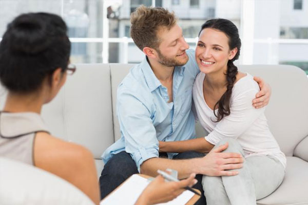Want to fill new colors of love in a lifeless relationship, follow these tips - Relationship