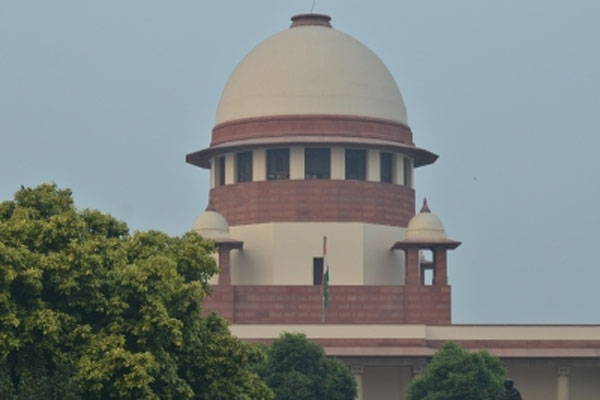Corona - Supreme Court said Center should make uniform policy regarding death certificate - Delhi News in Hindi