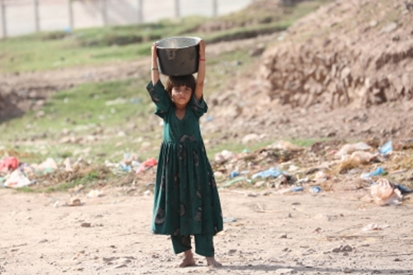 Covid pushed extra 31 mn into extreme poverty: Report - World News in Hindi