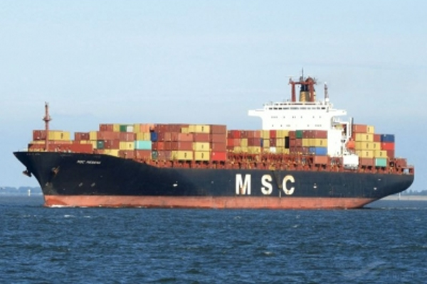 Crew member missing from the MSC MESSINA container ship off the coast of Sri Lanka - World News in Hindi