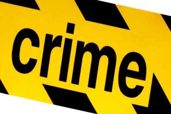 यूपी में शराब तस्करों का पीछा करते 2 पुलिसकर्मी घायल