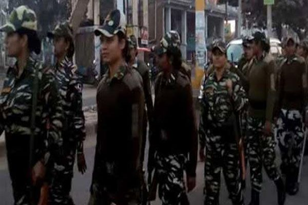 crpf flagmarch in agra - Agra News in Hindi