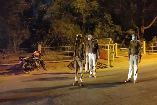 Night curfew in 10 cities of UP from 8 am to 7 am - Lucknow News in Hindi