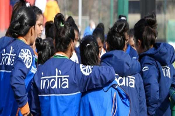 Current women team mentally tougher than before: Ex-coach Hawgood. - Sports News in Hindi