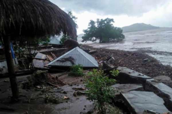 इंडोनेशिया में भीषण तूफान से मरने वालों का आंकड़ा पहुंचा 181