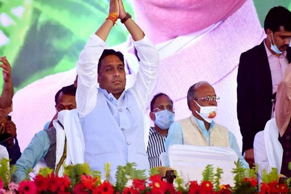 दमोह विधानसभा उपचुनाव में चार राहुल और तीन अजय उम्मीदवार