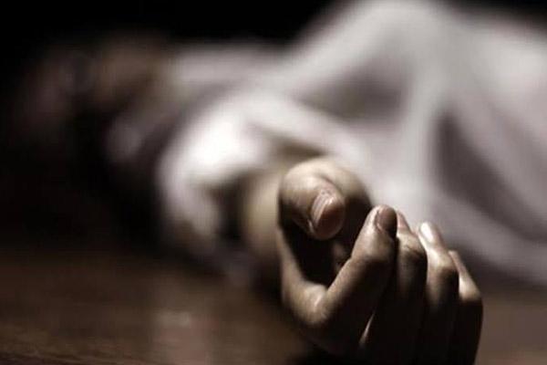 UP : स्कूल में 7 वर्षीय छात्रा के ऊपर अलमारी गिरी, मौत