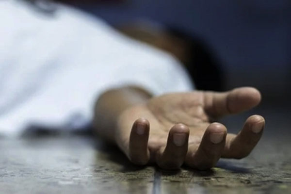 Colombian victim of an accident dies while doing yoga in Mathura - Mathura News in Hindi