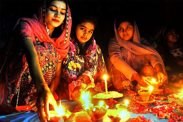 Appeal of United Way Delhi, celebrate Diwali with responsibility - Delhi News in Hindi