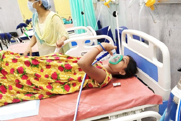 Doctors Devised Unique Method Delivery Without Pain With Laughing Gas - Weird Stories in Hindi