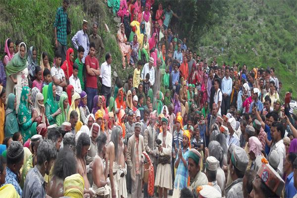 Kahika festival was celebrated between remakes - Mandi News in Hindi