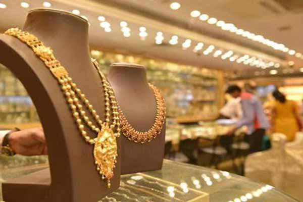 Dhanteras 2020 - Before buying gold, know its benefits for health - Health Tips in Hindi