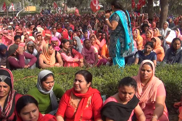 Anganwadi workers continue to protest - Kaithal News in Hindi