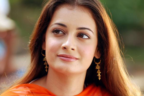 Dia Mirza on environment: Need to hold governments, industry accountable - Bollywood News in Hindi