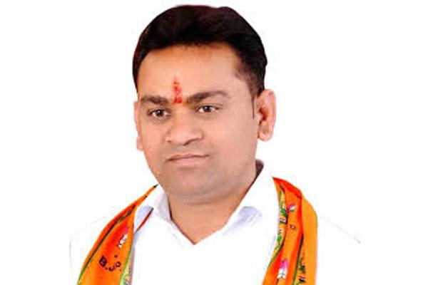 यूपी में भाजपा विधायक पर आत्महत्या के लिए उकसाने का मामला दर्ज
