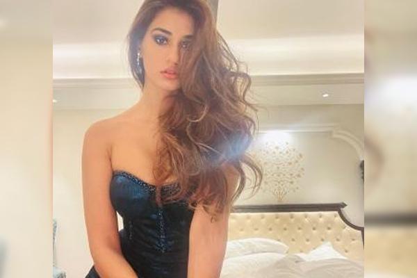 Disha Patani shared her gorgeous photo - Bollywood News in Hindi