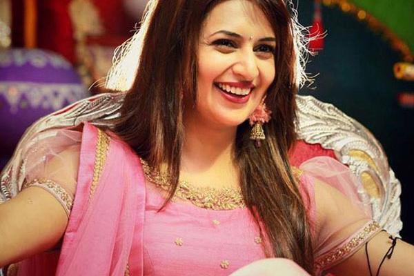 Divyanka Tripathi on being away from Vivek Dahiya for Khatron Ke Khiladi shoot - Television News in Hindi