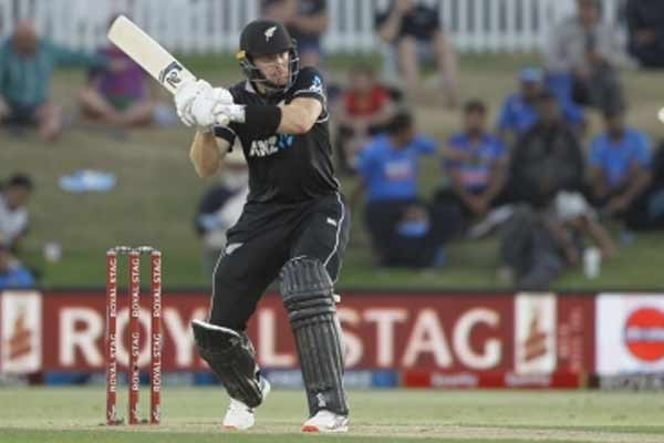 Dunedin T20: New Zealand beat Australia by Guptill fiery innings - Cricket News in Hindi