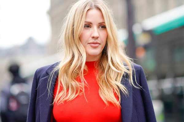 Ellie Goulding helps provide phones to the homeless - Hollywood News in Hindi