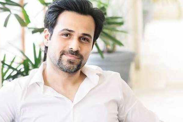 Emraan Hashmi is back to the magical dark rooms called theatres - Bollywood News in Hindi